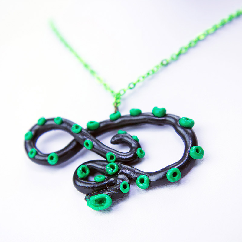 fbc-jewellery-black-green-tentacle-necklace2b